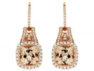 This magnificent Morganite Earring features 0.7 ct of Diamond and 4 ct of Morganite. The Earring is made of 14K Rose Gold
