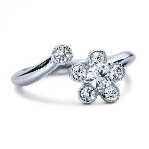 Atelier Swarovski Bloom Curved Midi Ring | Joes Jewelry St Maarten